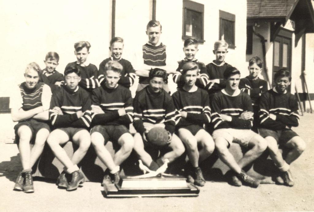 Winner, Silver Pheasants Cup, 1943