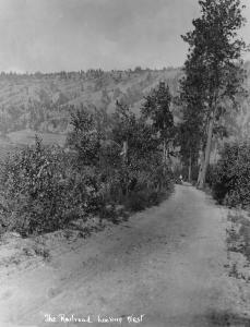 """""""The Railroad"""" -- the isthmus between Wood and Long (Kalamalka) lakes"""